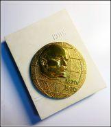 Настольная медаль 100лет Ленину в родной коробке (Киев)